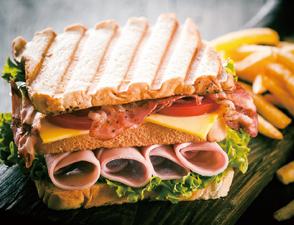 传统总汇三明治